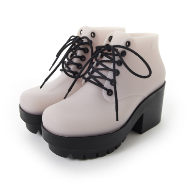 MELISSA 撞色綁帶踝靴-米/黑