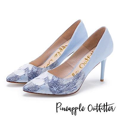 Pineapple Outfitter 高貴名伶 鞋頭花卉緞布尖頭細高跟鞋-淺藍