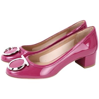 Salvatore Ferragamo ENA40 銀馬蹄飾漆皮粗跟鞋(莓紅色)