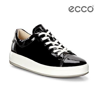 ECCO SOFT 9 漆皮厚底休閒鞋-黑