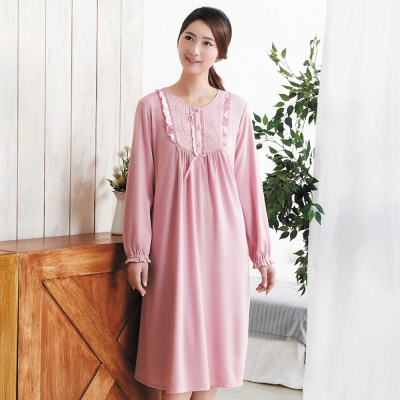 華歌爾 咖啡炭 居家休閒 M-L 長袖睡衣裙裝(橘粉)-舒適睡衣-居家保暖