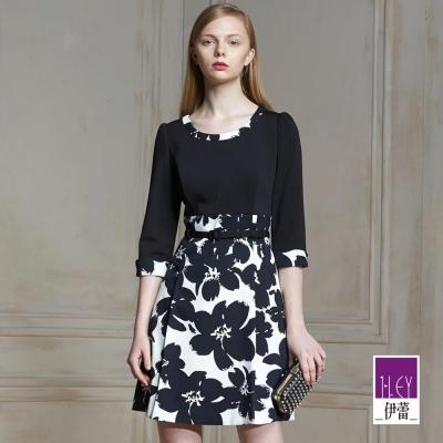 ILEY伊蕾-黑白花卉印花洋裝-黑