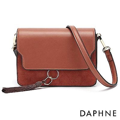 達芙妮DAPHNE-流蘇簡約方形拼接單肩斜背包-紅
