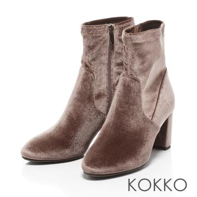 KOKKO- 時髦吸睛天鵝絨拉鍊粗跟襪靴-太空灰