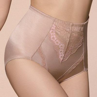 【思薇爾】綺麗系列中機能高腰三角束褲(杏膚色)