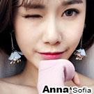 AnnaSofia 絨圓垂綺花芯蕊 大型耳針耳環(藍粉系)