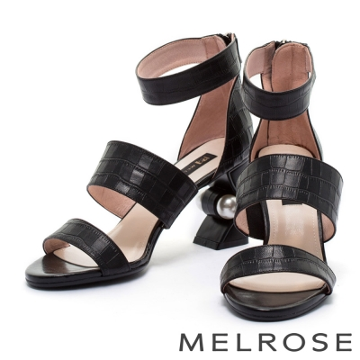 涼鞋 MELROSE 摩登字帶鱷魚壓紋羊皮造型粗跟涼鞋-黑
