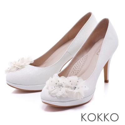 KOKKO真皮手工浪漫花朵奢華公主高跟鞋純白