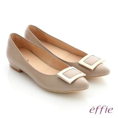 effie 舒適通勤 方型飾釦全真羊皮尖頭低跟鞋 卡其色