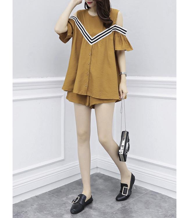 中大尺碼假兩件V字條紋滾邊露肩排釦上衣加短褲XL~4L-Ballet Dolly