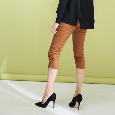 Hana+花木馬 設計款側抓皺顯瘦小腿造型七分馬褲-咖