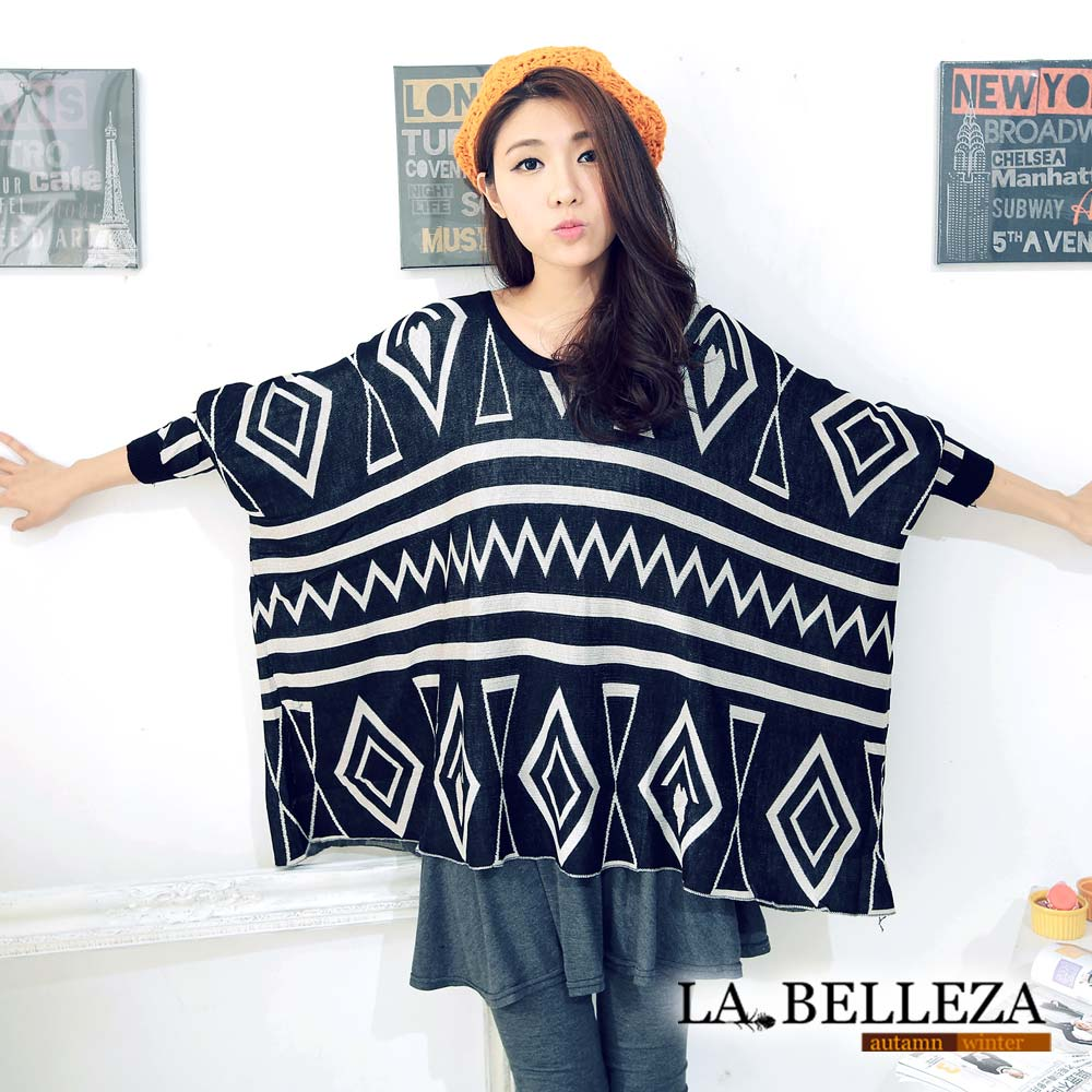 【La Belleza 中大尺碼】幾何菱形圖騰蝙蝠袖針織寬鬆上衣