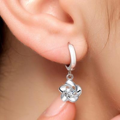 梨花HaNA 韓國S925銀落櫻點鑽圈飾耳環