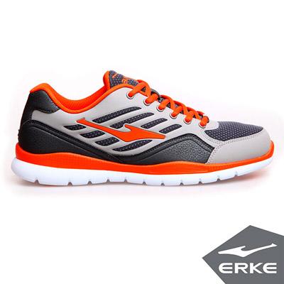 ERKE 鴻星爾克。男運動綜訓慢跑鞋-碳灰/朱砂橙