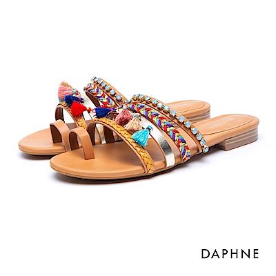 達芙妮DAPHNE 涼鞋-流蘇水鑽編織指環涼拖鞋-棕