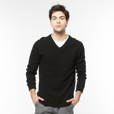 Hang-Ten-男裝-素色合身V領上衣-黑