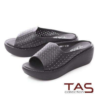 TAS鉚釘一字寬版牛皮打洞厚底拖鞋-低調黑