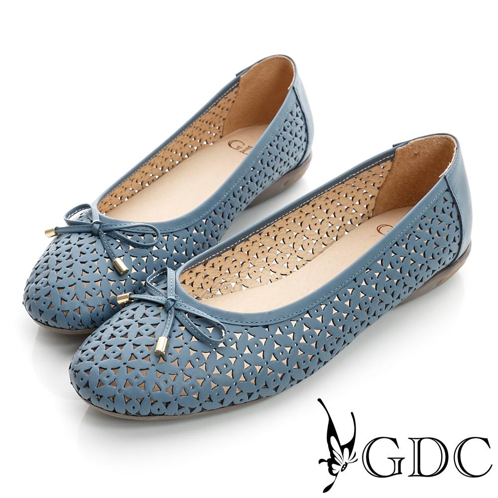 GDC百搭-雕花簍空蝴蝶結真皮平底娃娃鞋-藍色