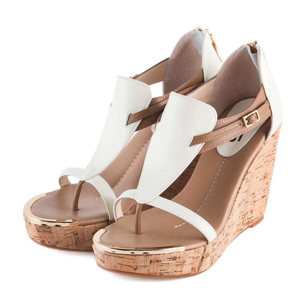 TAS 鏤空層次T字繫帶原色軟木底楔型涼鞋-迷人棕
