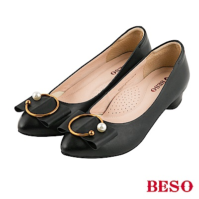 BESO 氣質典雅 全真皮C字珍珠仿舊刷色跟鞋~黑