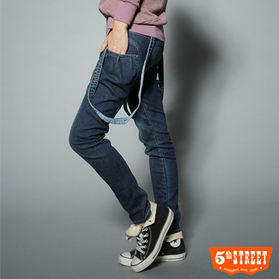 5th-STREET-新潮主張-側口袋吊帶牛仔褲-女款-酵洗藍