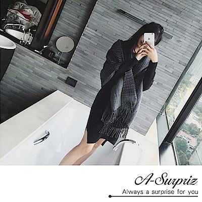 A-Surpriz 千鳥格紋雙面加大厚織披肩圍巾(灰黑)