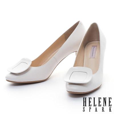 HELENE SPARK 質感烤漆方釦典雅羊皮高跟鞋-白