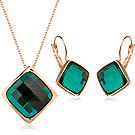 伊飾晶漾iSCrystal 幾合翠綠 方型水晶耳環項鍊組