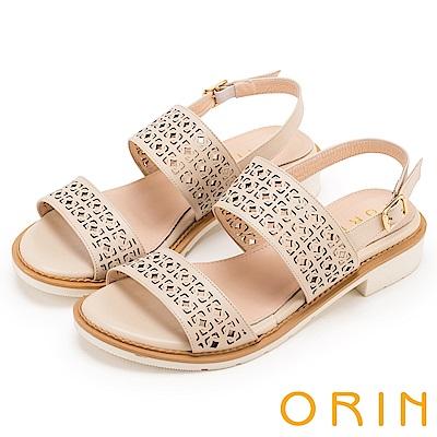 ORIN 夏日異國渡假 圖騰簍空牛皮粗低跟涼鞋-米色