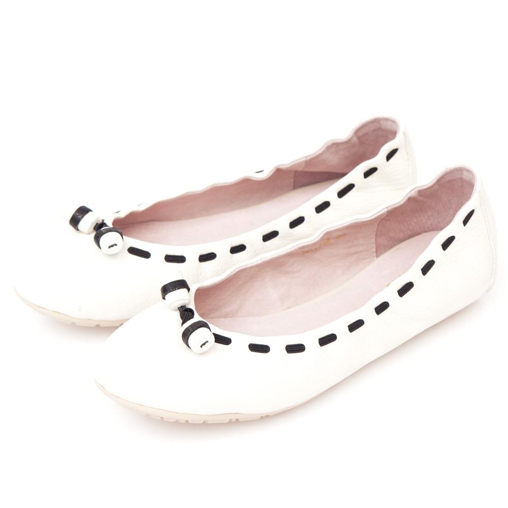 G.Ms.  輕甜造型-小羊皮撞色穿繩娃娃鞋-純情白