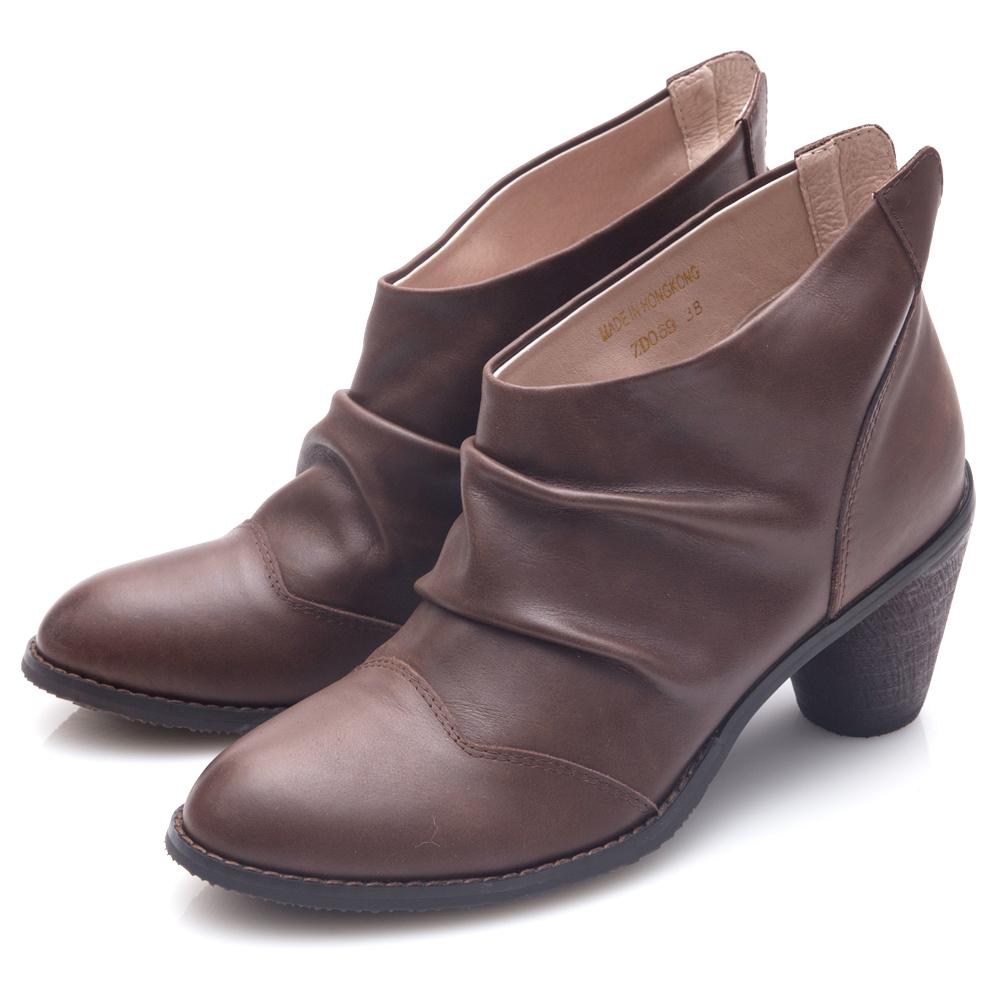 G.Ms. 牛皮韓風抓皺後V口粗跟踝靴-咖啡