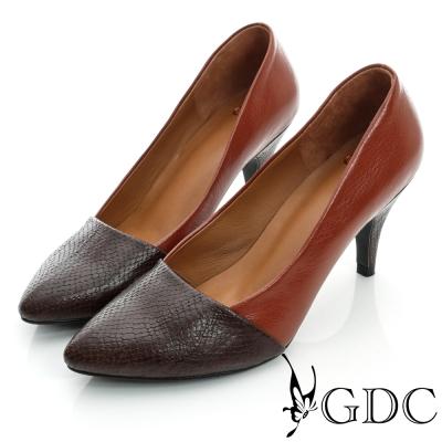 GDC都會-蛇紋拼接尖頭真皮中跟鞋-桔色