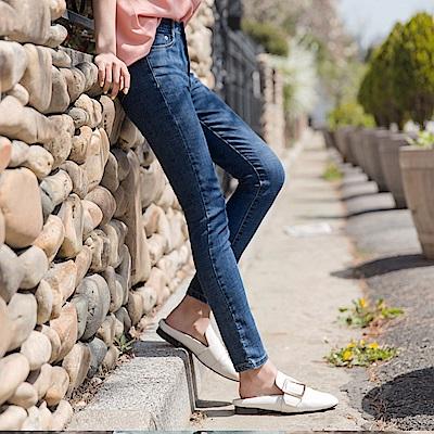 竹節布紋彈力牛仔窄管褲-OB大尺碼