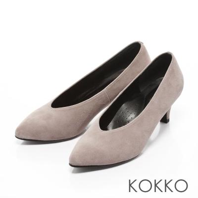 KOKKO-復古雅緻尖頭深V羊麂皮高跟鞋-灰