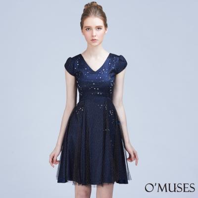 V領蕾絲金蔥網紗洋裝-OMUSES