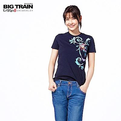 BIG TRAIN 花影福氣貓短袖-女-深藍