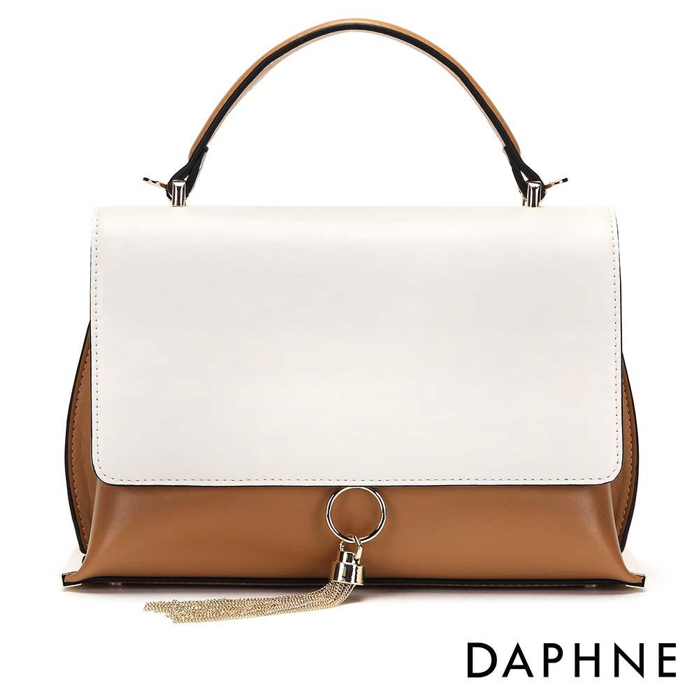 達芙妮DAPHNE-金屬流蘇撞色手提斜背小方包-卡其