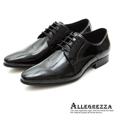 ALLEGREZZA-尖頭素面漆皮綁帶皮鞋-黑色