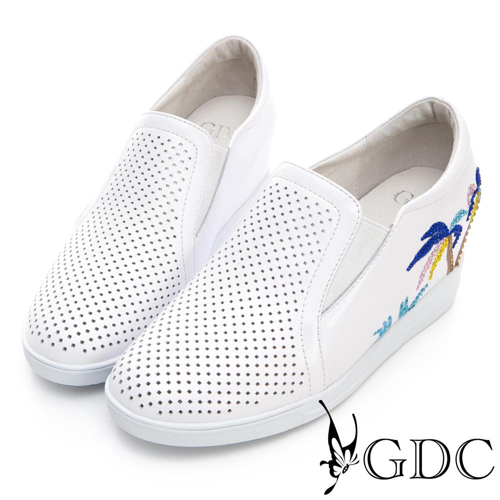 GDC-真皮夏日椰子樹沖孔楔型底休閒鞋-白色