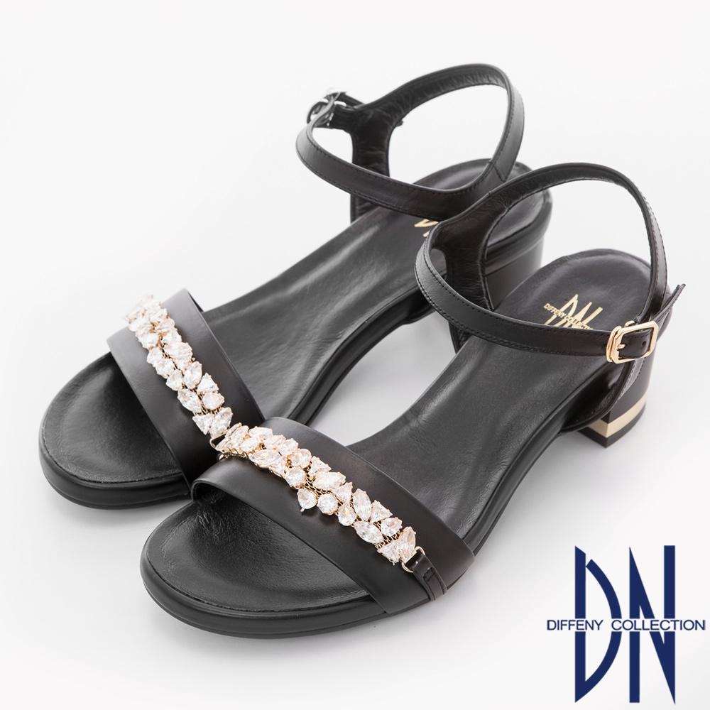 DN 奢華派對 耀眼寶石鑽飾真皮低跟涼鞋-黑