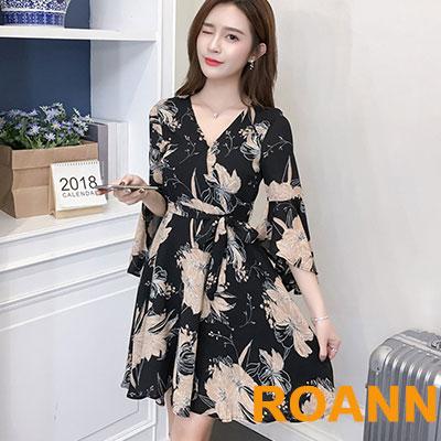 雪紡印花五分喇叭袖洋裝 (花色)-ROANN