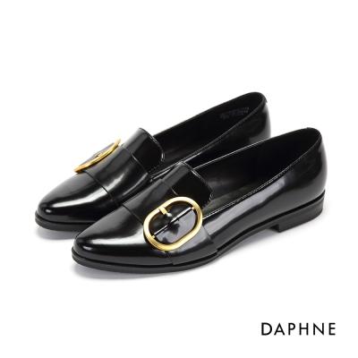 達芙妮DAPHNE 平底鞋-圓釦漆皮尖頭平底樂福鞋-黑