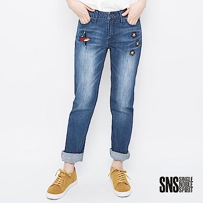 SNS 自由飛鳥美式經典刷色男友褲(1色)