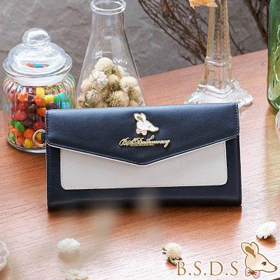 B.S.D.S冰山袋鼠-甜美信封蓋釦長夾-曜石黑