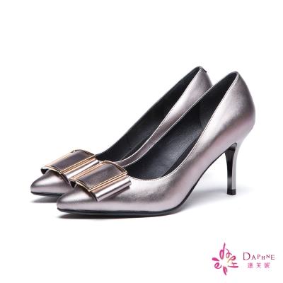 達芙妮DAPHNE-高跟鞋-全真皮牛皮金屬方扣尖頭