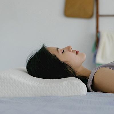翔仔居家 恆溫親水抗菌記憶枕- 纖細低枕- 單入