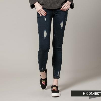 H-CONNECT-韓國品牌-女裝-不對稱破壞修身丹寧褲-深藍