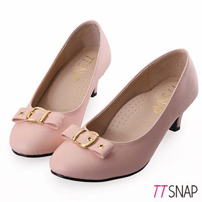 TTSNAP中跟鞋-MIT典雅皮帶飾釦真皮軟Q跟鞋-膚