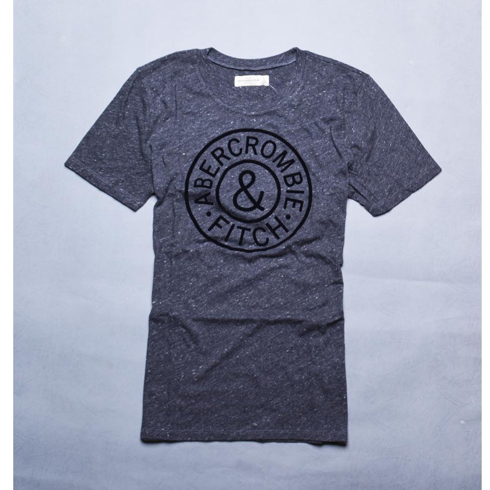 A&F Abercrombie & Fitch 絨布貼布休閒風圓領短袖T恤-麻花深灰