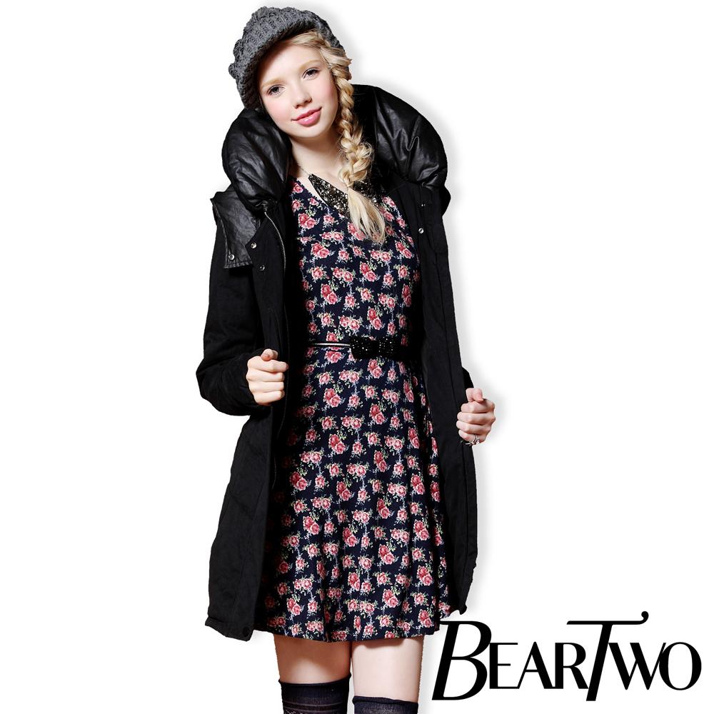 BearTwo 復古花朵圓領洋裝 (深藍)